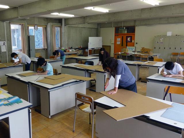 ダンボール家具制作教室
