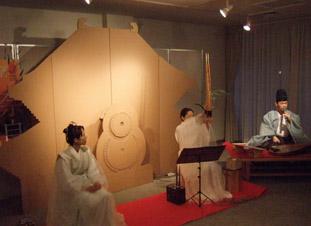 奈良の世界遺産展「NARA SCALE」ダンボール製東大寺大仏殿